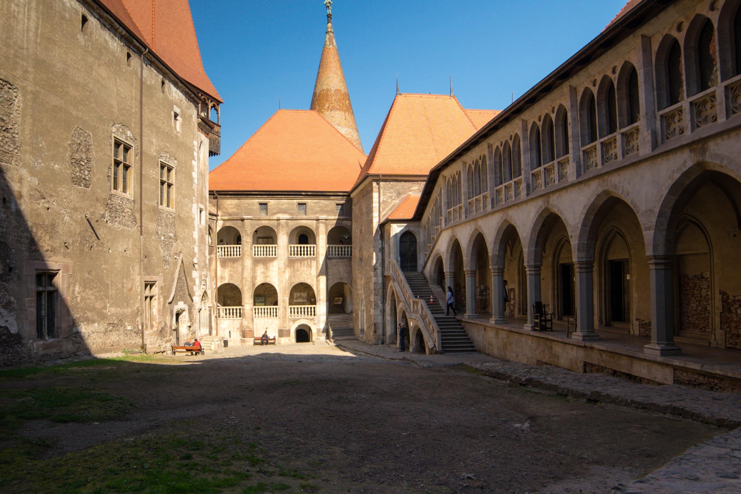 Read more about the article À l'ouest de Sighișoara